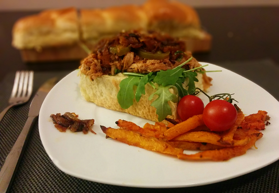 Fertiges Pulled Pork Sandwich